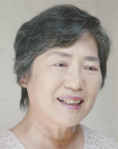 栗原 雅子さん