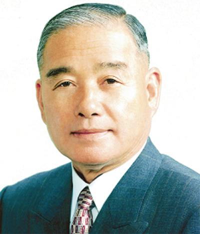 飯田県議が引退へ