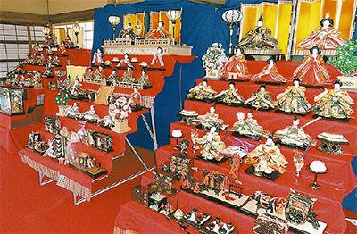 ひな人形展示会