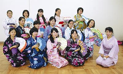 日本舞踊で地域初舞台