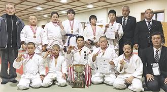 平塚柔道協会のメンバー