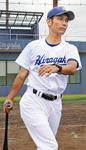 八木崇文さん(38)現・平塚学園野球部監督。23歳で津田学園野球部の監督に就任し、翌年チームを春のセンバツ大会へと導いた。甲子園では一勝をあげている。