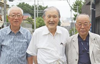 左から兒玉さん、高梨さん、安永さん