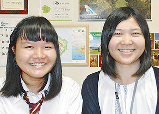 豊嶋さん(左)と担任の渡辺先生