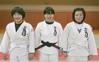 3位の中学生女子チーム