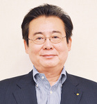 学校法人 清水学園理事長 60歳
