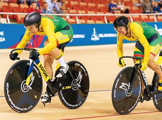 テストトレーニングを行う自転車チームの選手(写真/平塚市提供)(C)LTeam/V.Dranginis