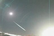 夜空流れる火球(かきゅう)を観測