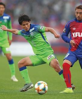 キレのある動きでチームを牽引した山田直輝