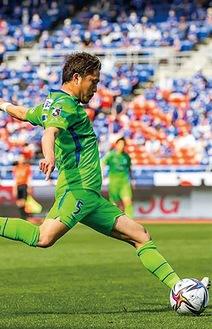 ピンポイントクロスで、山田直輝の同点ゴールを演出した古林将太。