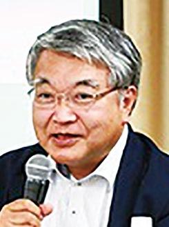 講師の山崎晴雄氏