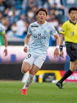 得点を決めた名古新太郎選手、湘南でこれまでに3得点