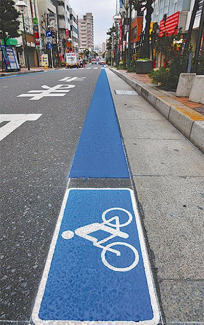 自転車は車道へ