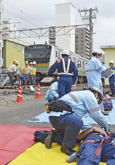 平塚駅で鉄道訓練