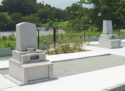 丘上の墓地 30区画を分譲