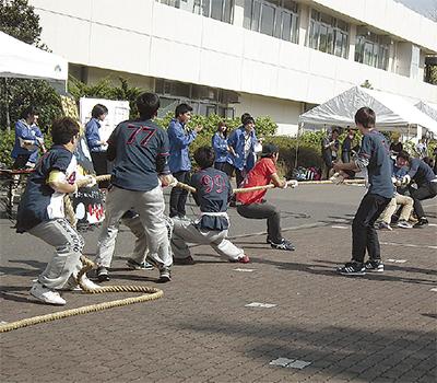 「大学生らしさ」全開の学園祭