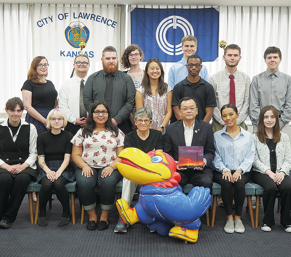 留学生が市長を表敬