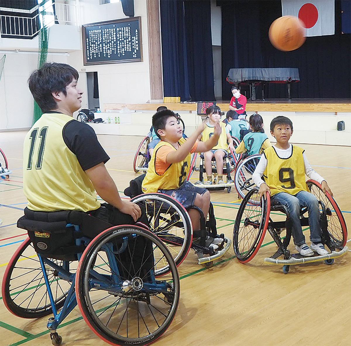 車椅子バスケに挑戦