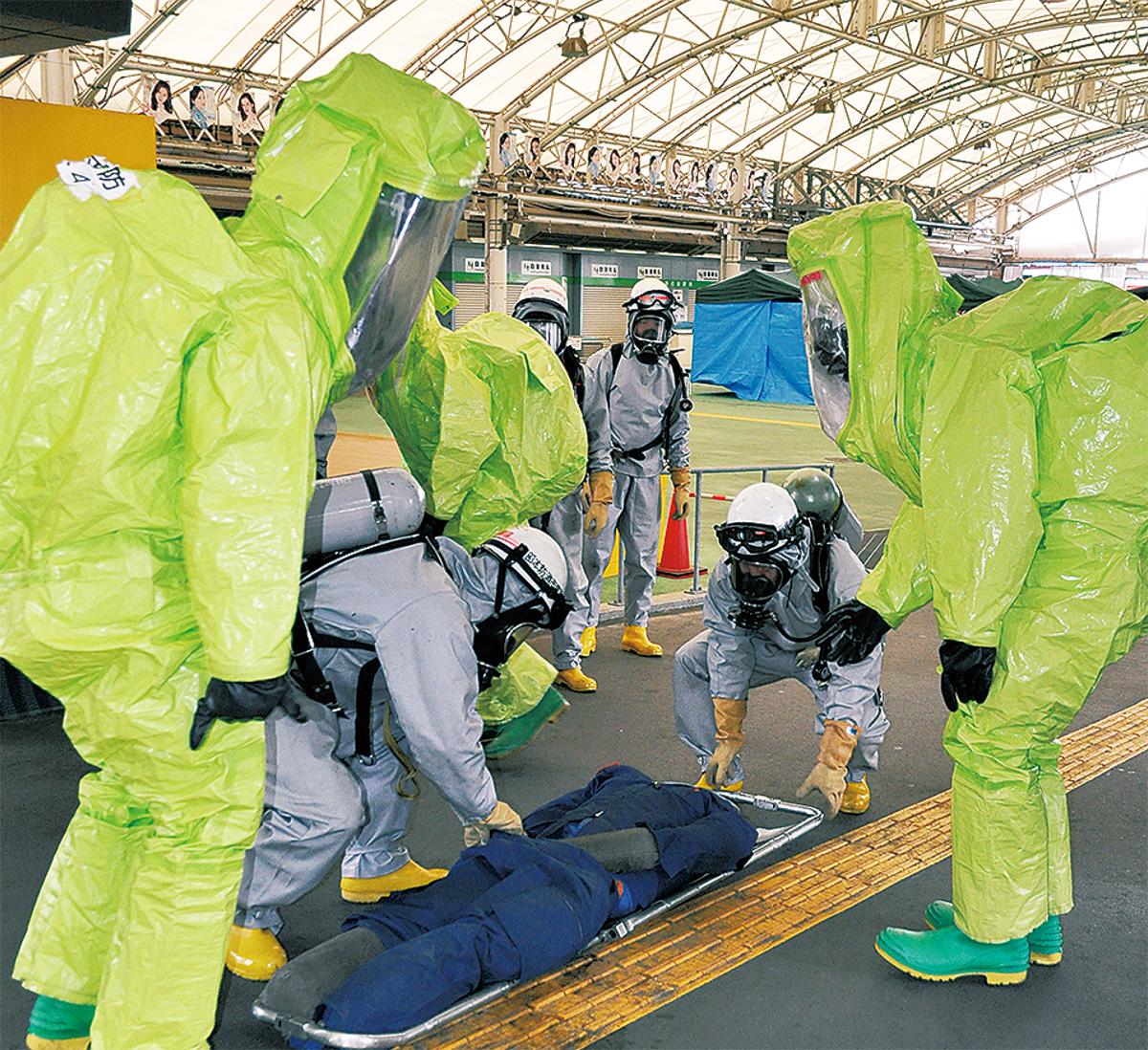 競輪場で化学テロ訓練