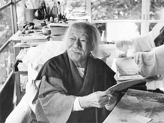 昭和27年10月、徳富蘇峰90歳(熱海・晩晴草堂の書斎にて)
