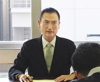 会見を行った池田氏