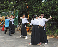 「弓道はエレガント」