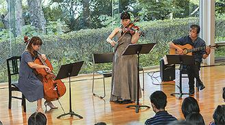 左から橋本さん、江藤さん、笹子さん