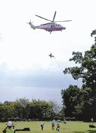山岳事故想定 ヘリ使い訓練