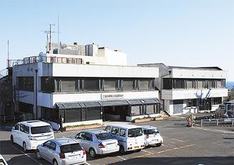 建て替えの方針が示された二宮町役場庁舎