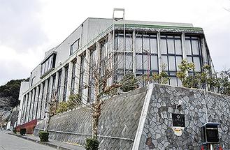 築約40年が経つ役場庁舎