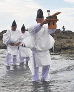 照ヶ崎で「汐汲み神事」