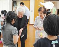 地域の高齢者と交流