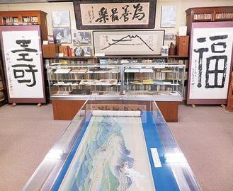 徳富蘇峰記念館の館内