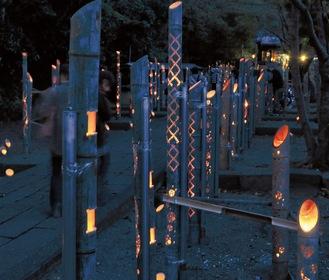夕暮れの高来神社を幻想的に彩った