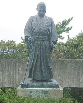 大磯の旧吉田茂邸にある銅像