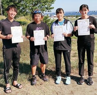左から岸さん、横山さん、渡邉さん、菅野さん