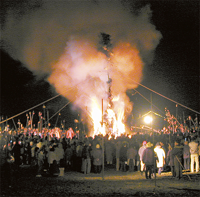炎の祭典 大磯「左義長」