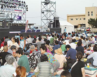 6000人が歌、花火に熱狂