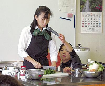 野菜ソムリエの調理実演
