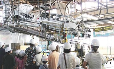 日産車体で工場見学会