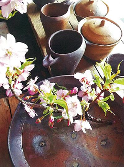 琵琶湖の土で作陶