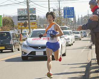トップ横浜を猛追(写真はアンカーの瀬戸選手)