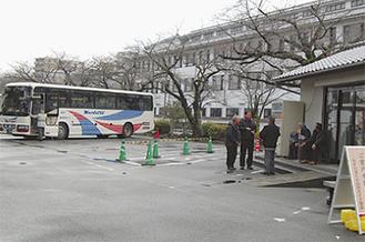 有料化される観光バス駐車場