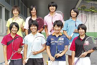 前列左から帆足さん、後藤さん、鍋倉さん、縄さん 後列左から北原さん、檜山さん、和田さん、高橋さん