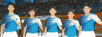 左から中川君、松本君、鈴木主将、長田君、香月君