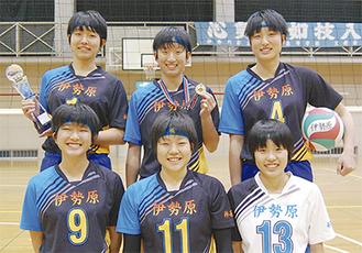 (上段左から)古谷ちなみさん、三澤杏奈さん、榎本里歩さん(下段左から)鈴木明夏さん、安田奈央さん、田中みのりさん