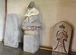 左から、お地蔵さま、地蔵菩薩、弘法大師と言われている石像