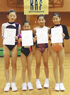 左から橋本さん、高橋さん、石井さん、佐々木さん