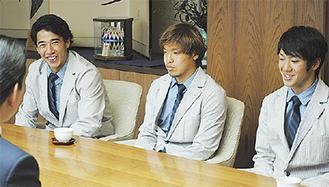 左から菊地選手、大竹選手、神谷選手