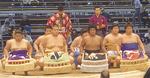 大相撲九州場所。一番出世なる相撲部主将・矢野雄一郎君(左から2人目)